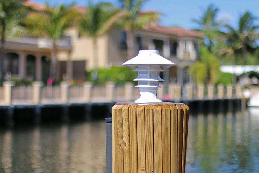 Solar Pagoda Light for that Florida Feel Lake Lite LL-SPL-PAG-W-A