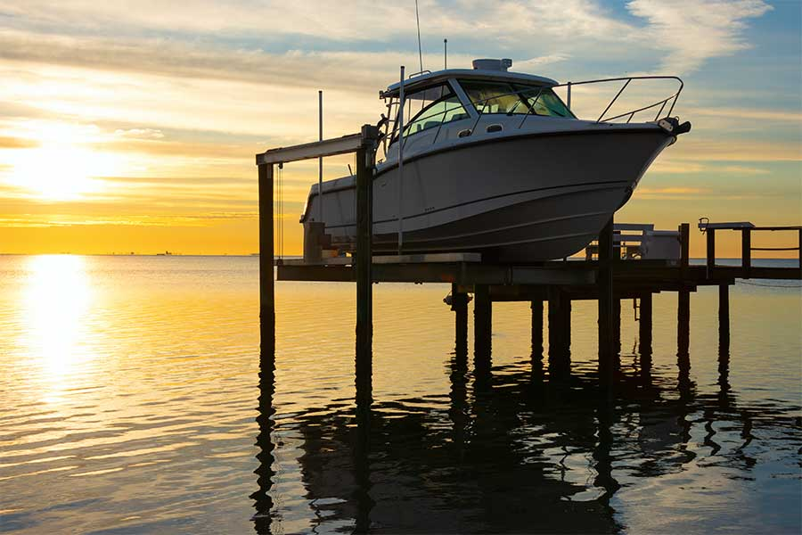 3 benefits of an electric boat lift
